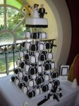 Black & White Mini Wedding Cakes