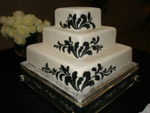 3-Tired Black and White Wedding Cake