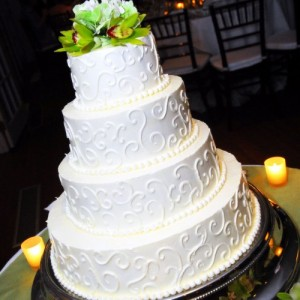 4-Tired White Wedding Cake