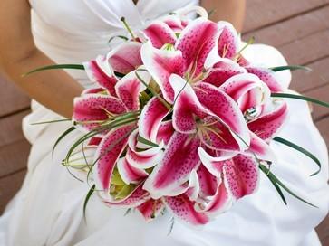 Top 10 Flowers For Wedding Bouquets   Celebration Advisor - Wedding ...