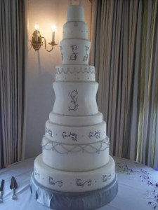 Top 5 Wedding Cakes For March - Layered Wedding Cake