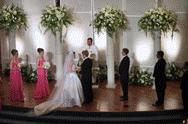 Gorgeous Wedding Ceremony Arrangements