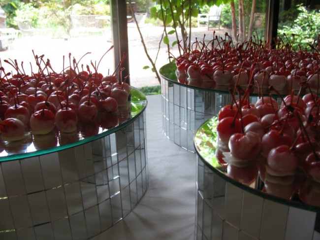 White Chocolate Covered Cherries | Celebration Advisor - Wedding and ...
