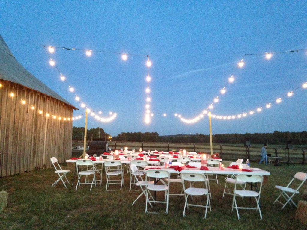 Hosting A Bbq Barn Party