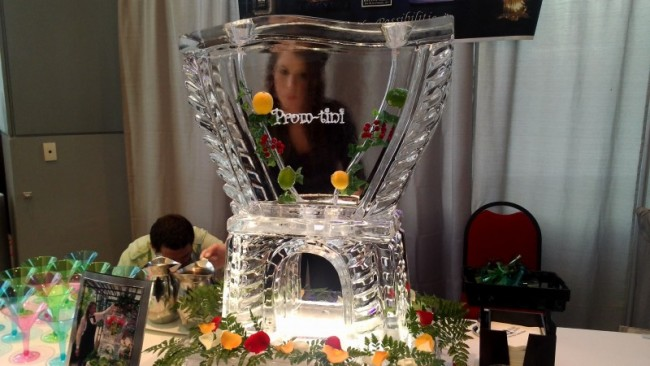 """Prom-tini"" PromTheme Drink Luge for Punch"
