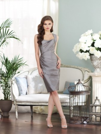 Sleeveless knee-length taffeta sheath