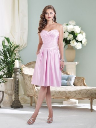 Strapless satin knee-length