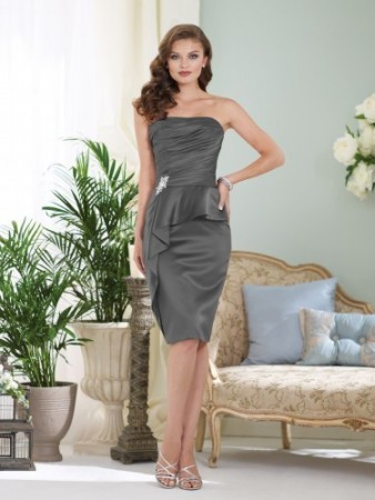 Strapless satin knee-length sheath