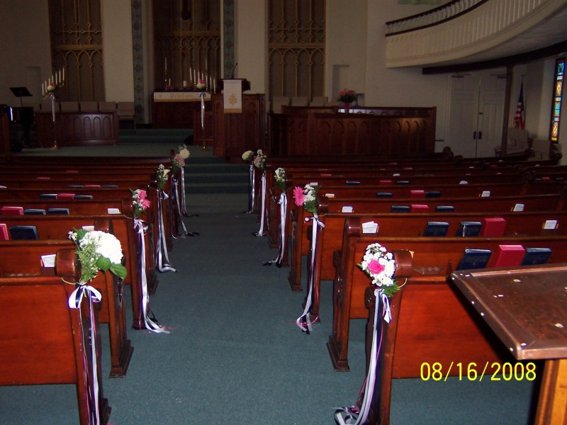 Pink & White Pew Flowers