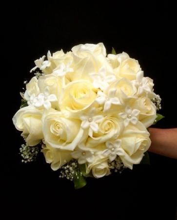 Elegant Ivory Wedding Bouquet