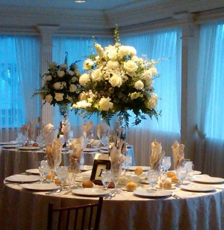Beuatiful White Reception Centerpieces