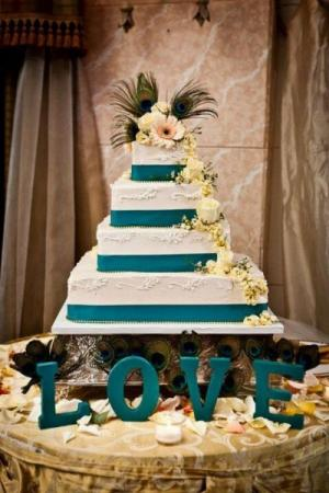 4 Tier Wedding Cake in Ivory & Teal
