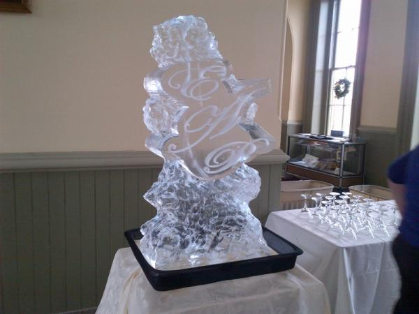 Ice Carving By Bar