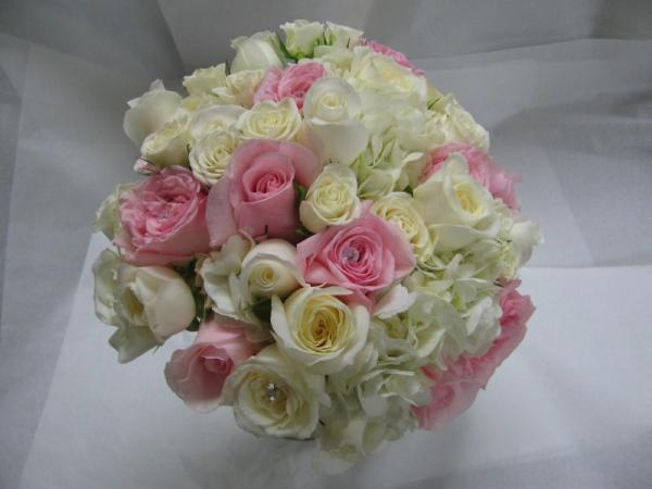 Gorgeous Pink And White Roses