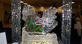 Sparkling ice sculptures for a romantic and memorable wedding