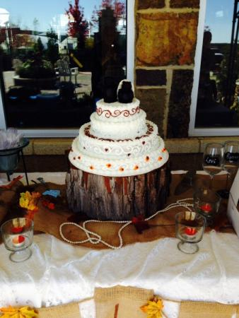 Fall Themed Cake Table