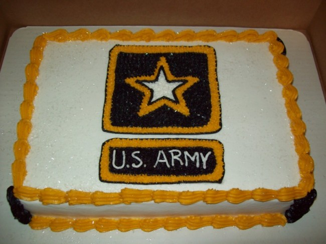 Photo Gallery - Photo of Gold & Brown Army Cake