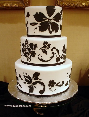 Though it may be decorated in white and brown colors this wedding cake was