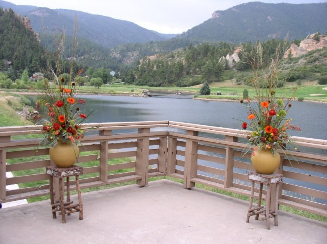 These altar pieces were created for a late summer outdoor wedding in Denver