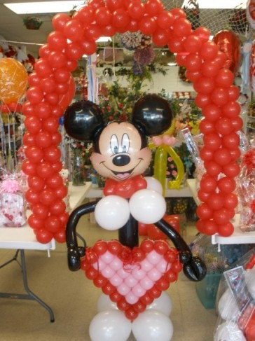 Photo Gallery - Mickey Mouse Wedding Balloon Bouquet Photo