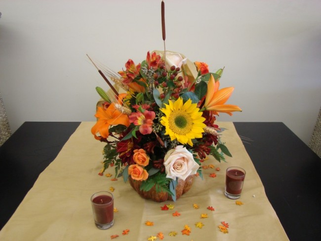 This beautiful flowers arrangement can be used as fall wedding centerpiece