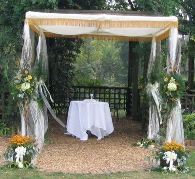 [Chuppah For Outdoor Fall Wedding]