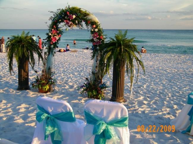 Beach Ceremony Wedding Flowers