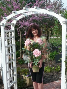 Suzanne of Love At First Sight Floral & Design