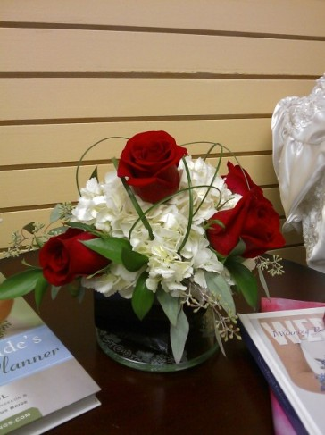 Contemporary Rose Centerpiece
