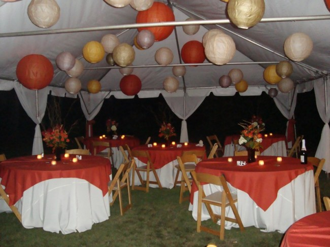 Photo gallery outdoor wedding reception photo fall for Autumn wedding decoration ideas