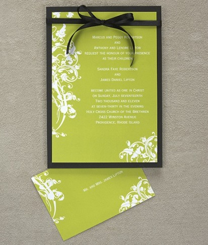 Venetian Romance Wedding Invitations Share Delicate vines and leaves
