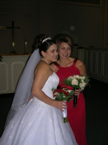 The lovely Bride and her Maid of Honor