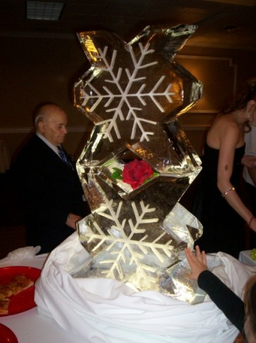 Snow Flake Ice Sculpture