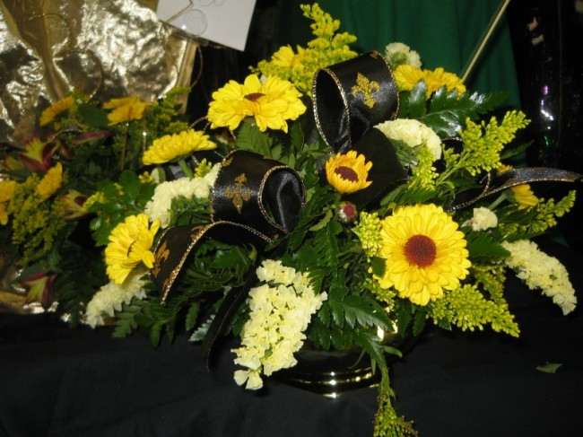 Saints themed flower arrangement