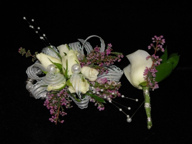 White Roses and Pearl Accents