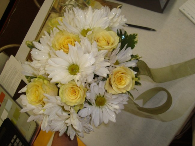 Yellow Roses and Daisy Bridal Bouquet