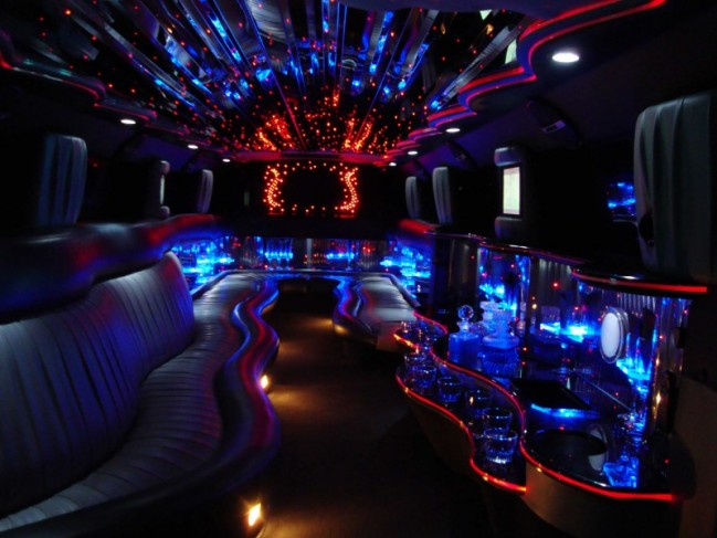 Photo Gallery Photo Of The Interior Of A Hummer