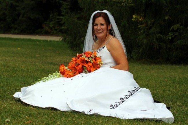 Gorgeous Bride With Stunning Orange Bouquet