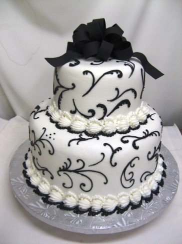 Filigree Designs for Cakes http://www.weddingandpartynetwork.com/gallery/photo/6267/