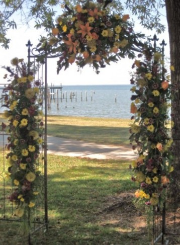 Wedding Arch Decorations on Photo Gallery   Photo Of Gorgeous Wedding Arch At Fairhope