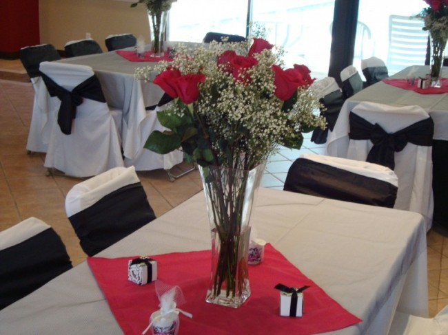 Fresh Rose Table Centerpiece