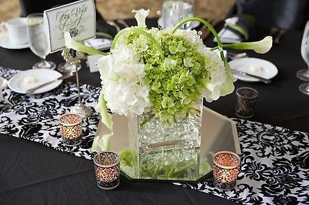 Vinnies blog select f8f8f2 color as background color set your wedding party photo gallery green and white centerpieces junglespirit
