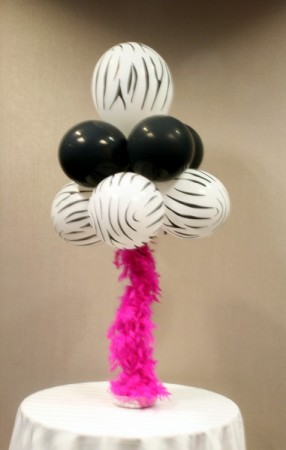 Photo Gallery - Photo Of Zebra Ostrich Balloon Centerpiece