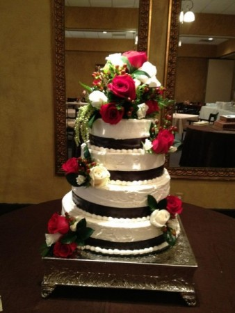 Beautiful 4 Tiered Wedding Cake