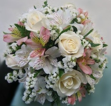 Alstroemeria Lilies And Roses