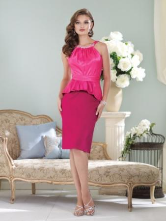 Sleeveless crepe back satin knee-length sheath