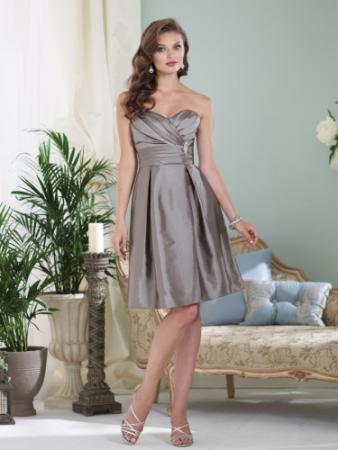 Strapless taffeta knee-length