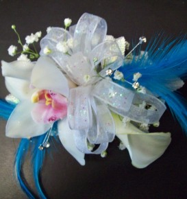 White Boutonniere With Feathers