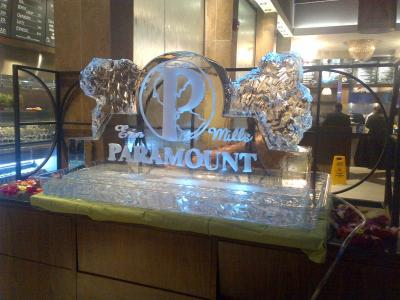 Paramount Ice Sculpture