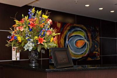 Front Desk Arrangement Simply You - Portraiture by Cheryl Weldon